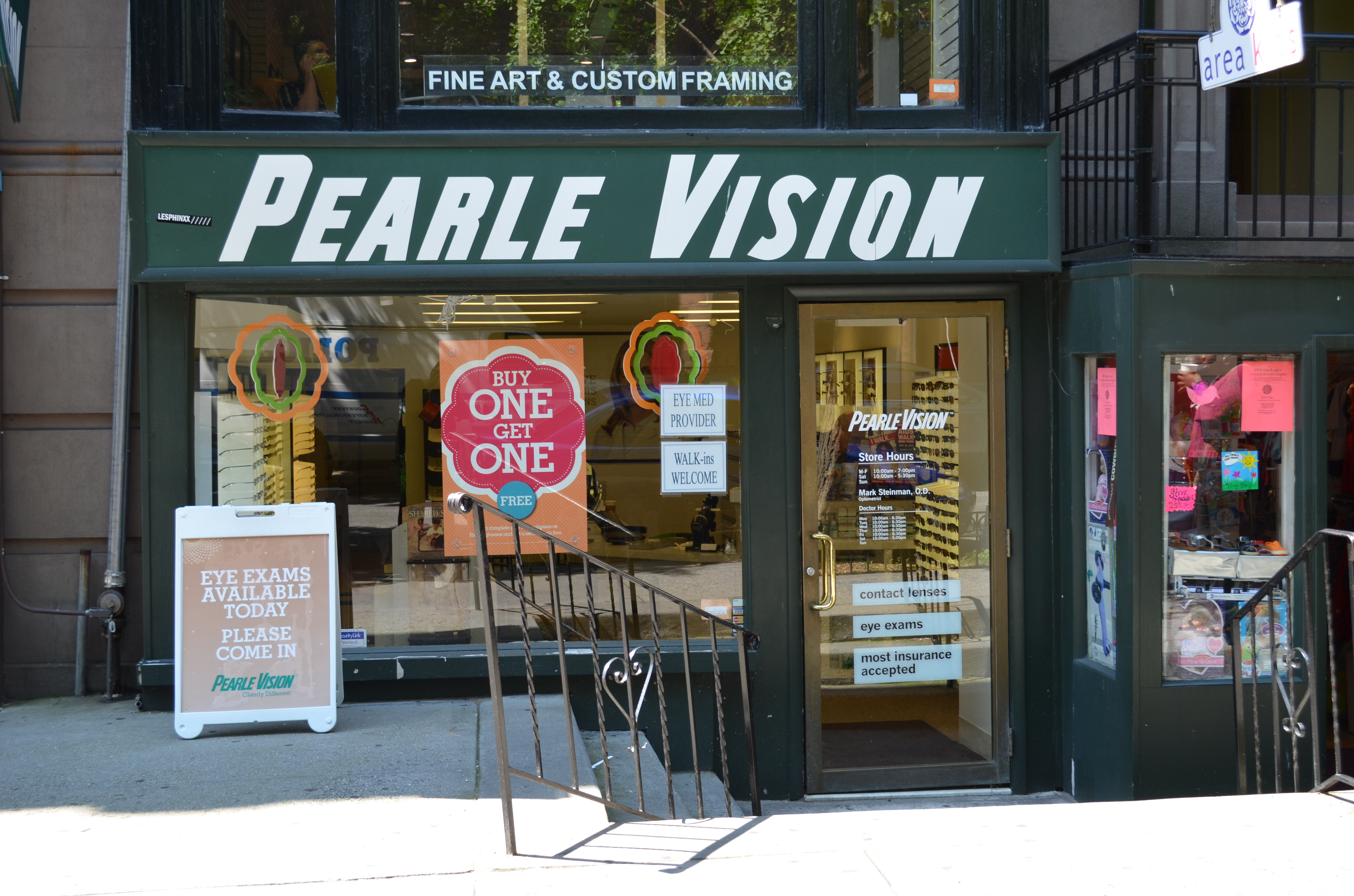 f5caf8e46ed Welcome to Pearle Vision in Brooklyn Heights! Pearle Vision has been  serving the Brooklyn Hts community for over 10 years.Our eyeglass store and  vision ...