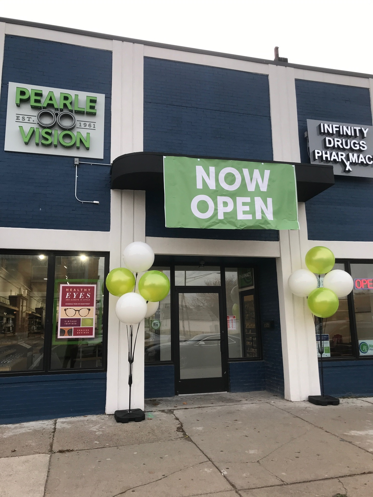 9816608b1a Pearle Vision Hamtramck is serving the Detroit